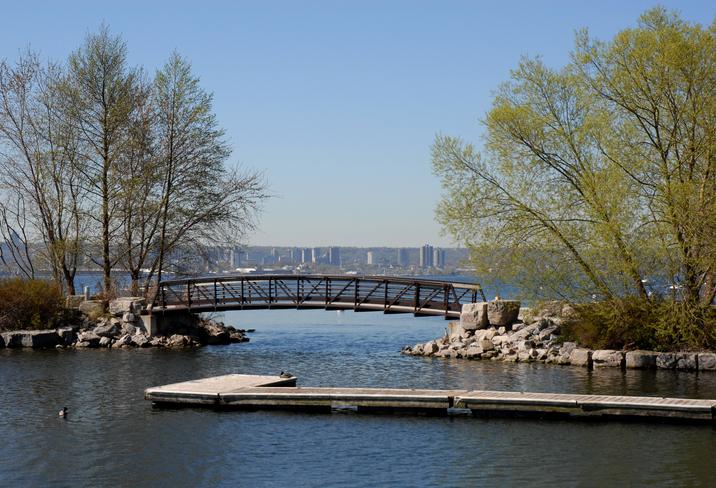 Lasalle Park Burlington Spring