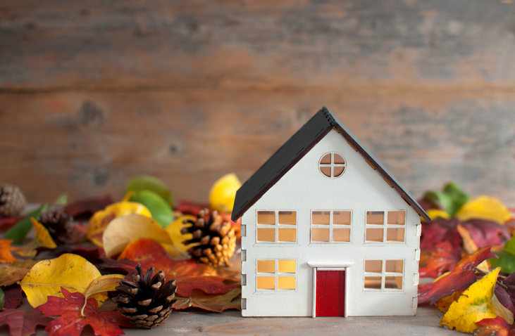 Real Estate Stats Autumn miniature house