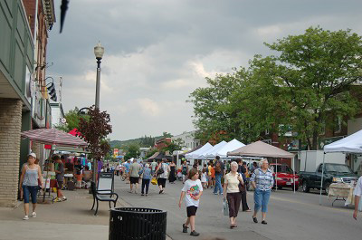 Photo of Farmers' Market in Grimsby, Ontario