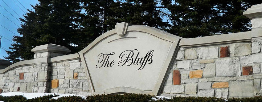 Burlington Bluffs Community Sign
