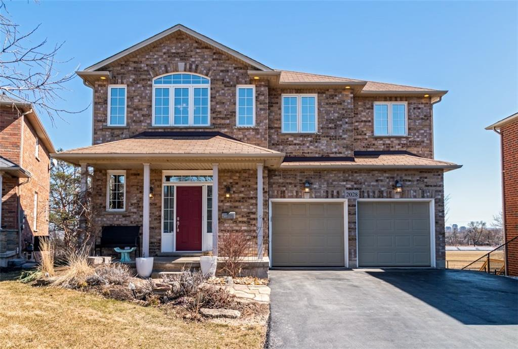 Photo of: MLS# H4048658 2028 CUTTERS Place, Burlington |ListingID=13845