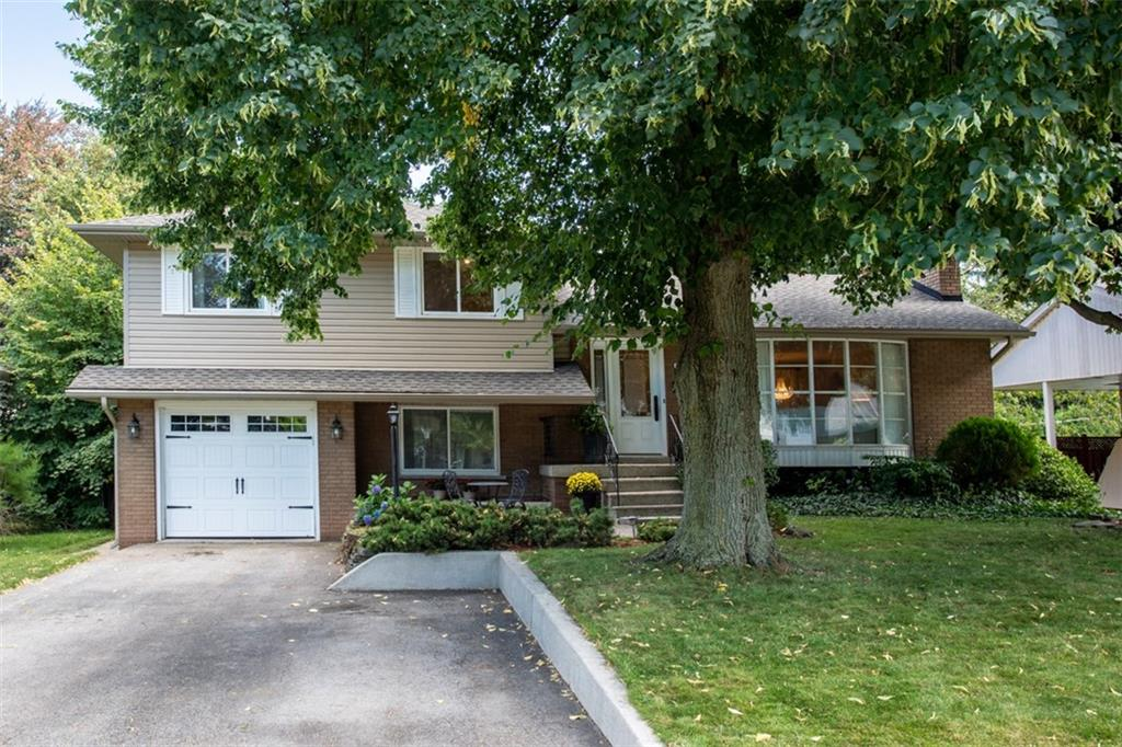 Photo of: MLS# H4062036 5218 BROMLEY Road, Burlington |ListingID=20782