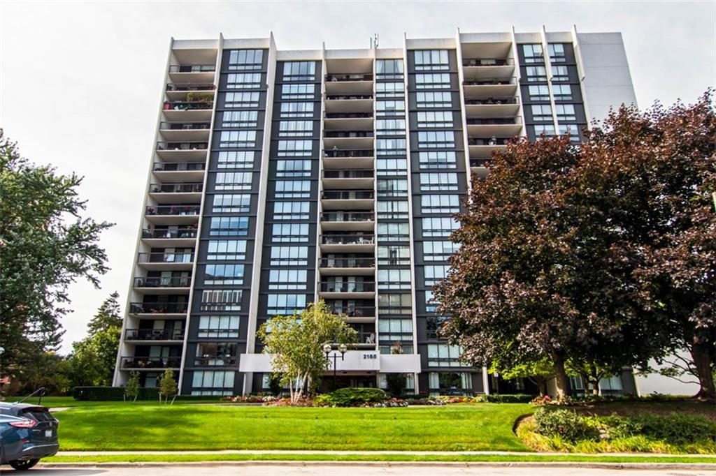 Photo of: MLS# H4063803 1201-1201-2185 Marine Drive, Oakville |ListingID=21995