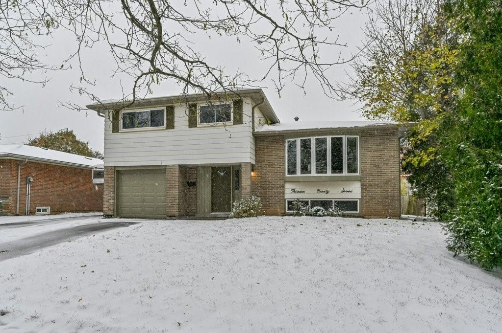 Photo of: MLS# H4067212 1397 ALLANGROVE Drive, Burlington |ListingID=24576