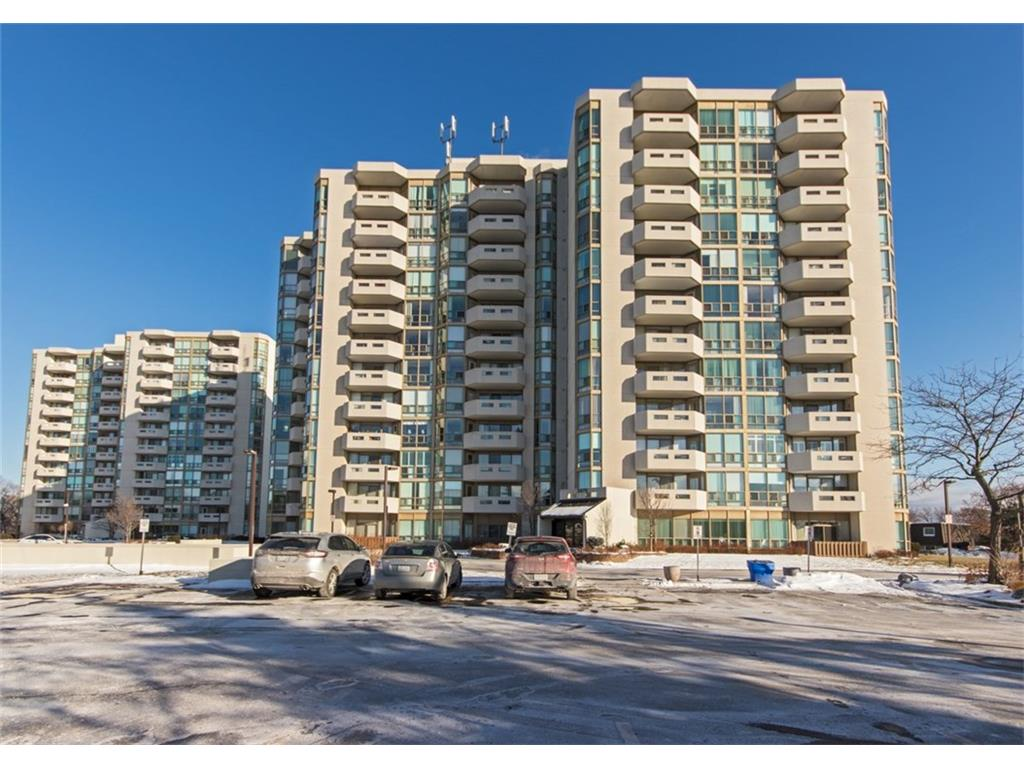 Photo of: MLS# H4009518 805-805-5070 Pinedale Avenue, Burlington |ListingID=2839