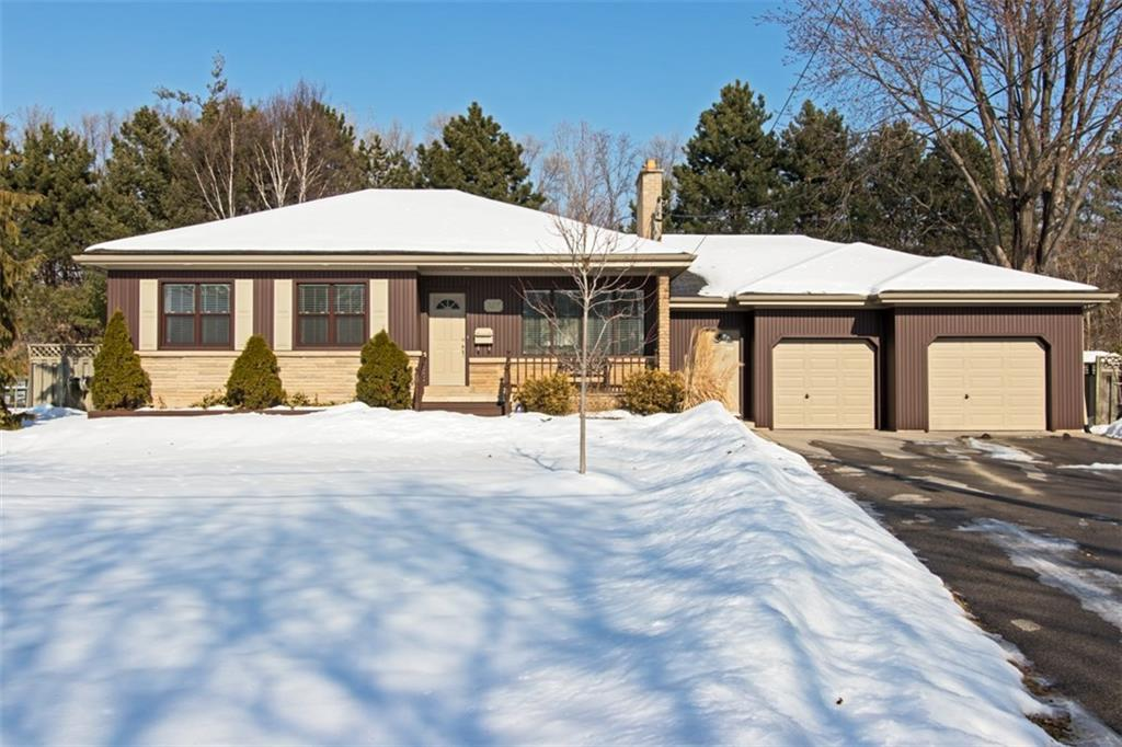 Photo of: MLS# H4019632 937 CLOVERLEAF Drive, Burlington |ListingID=3577