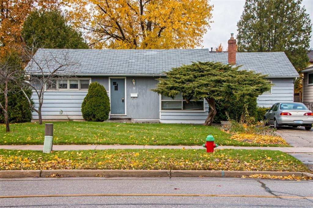 Photo of: MLS# H4041216 31 MCCRANEY Street W , Oakville |ListingID=8774